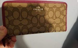 Coach wallet for Sale in East Saint Louis, IL