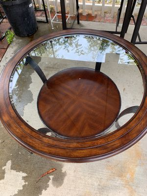 Coffee table for Sale in Baldwin Park, CA