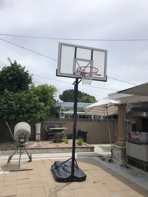 Lifetime basketball portable hoop for Sale in Midway City, CA