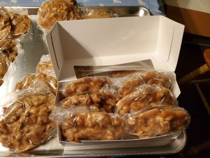 Pecan candy for Sale in Loreauville, LA
