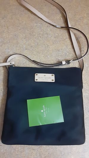 Kate spade crossbody for Sale in Kissimmee, FL