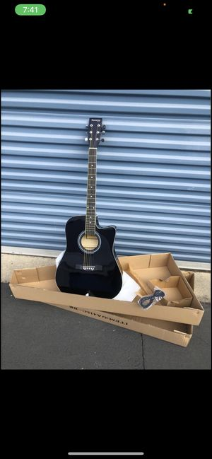 Acoustic electric guitar full size for Sale in Livermore, CA