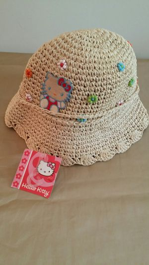 Girls Hello Kitty New bucket hat for Sale in Marietta, GA