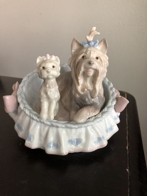Lladro Yorkshire Terrie Dog Puppy in Bed Figurine for Sale in Ontario, CA