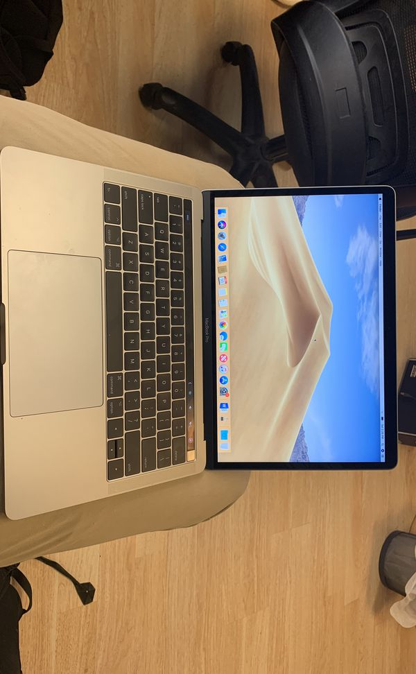 Macbook Pro 2017 With Touch Bar/Microsoft Office!