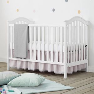 Baby Relax Convertible Crib for Sale in Santa Fe Springs, CA
