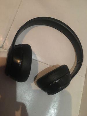 Beatz Headphones ( SOLO / Bluetooth) for Sale in Philadelphia, PA