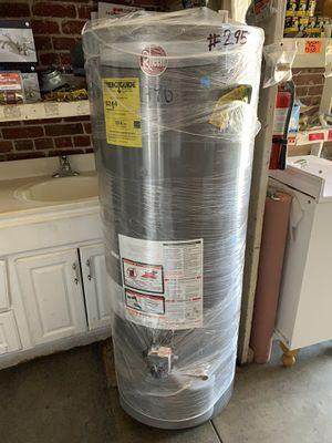 Water heater 50 galones simi nuevo 2 años de garantía for Sale in Vernon, CA