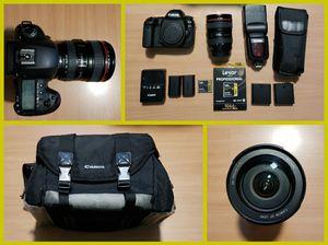 Canon EOS 5D Mark IV 30.4MP Digital SLR Camera - Make an Offer via: francesfink69@ Zoho. Com / Black (Kit w/ EF 24-105mm f/4L - for Sale in Rockford, IL