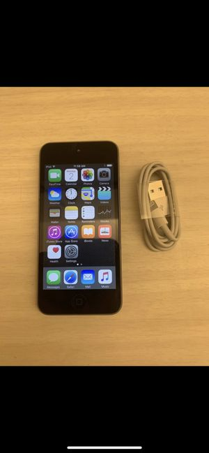 Apple iPod Touch 5th Generation 16GB for Sale in Fort Myers, FL