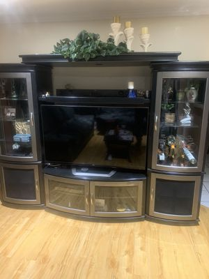 Living room Entertainment center for Sale in Baldwin Park, CA