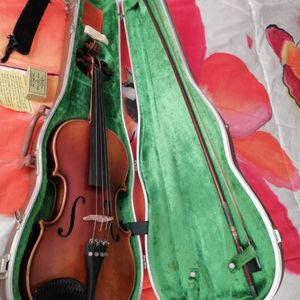Antique E. R. Pfretzschner Violin 1971. Made In West Germany. Has Original Case. for Sale in Hialeah, FL