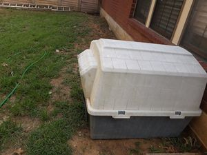 Dog house for Sale in Denton, TX