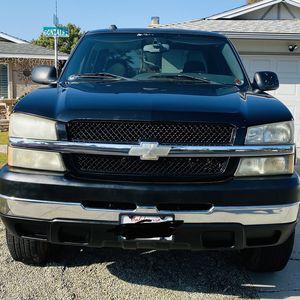 2005 Chevrolet Silverado 2500 HD for Sale in Clovis, CA