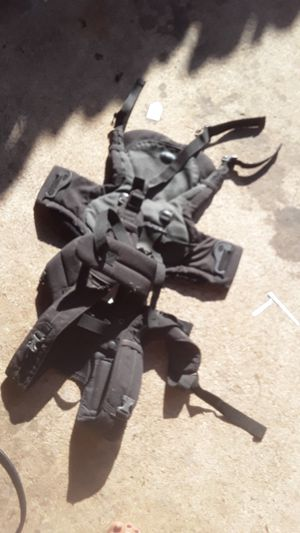 snuggi chest vest for baby for Sale in Fort Worth, TX