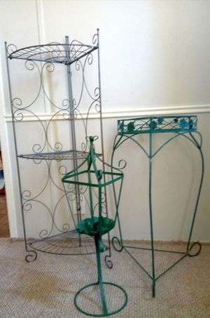 4 FT. CORNER PLANT STAND, SINGLE POT PLANT STAND & CANDLE HOLDER for Sale in Kent, OH
