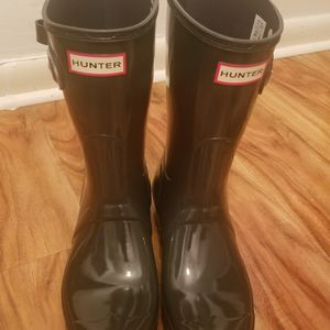 "HUNTER ""GREY GLOSS"" RAIN BOOT for Sale in Philadelphia, PA"