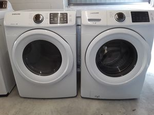 Washer and dryer samsung for Sale in TWN N CNTRY, FL