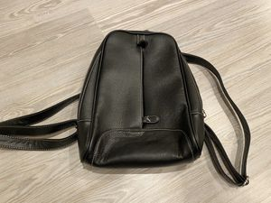 Black medium size backpack for Sale in Silver Spring, MD