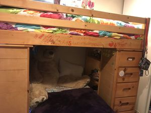 Bunk bed with moveable bottom bed for Sale in Chula Vista, CA