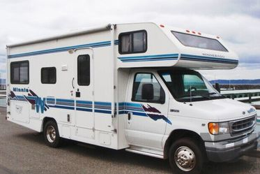 1999 Winnebago Minnie For Sale for Sale in Columbus,  OH