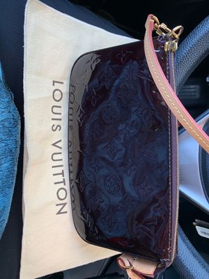 Louis Vuitton Clutch - Patent Leather for Sale in Fullerton, CA
