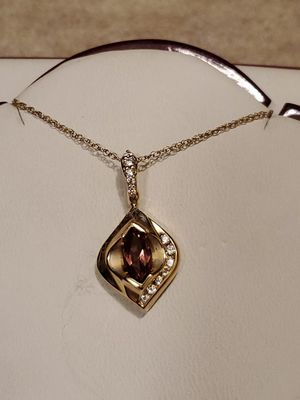 14kt Yellow Gold Pink Tourmaline Necklace for Sale in Las Vegas, NV