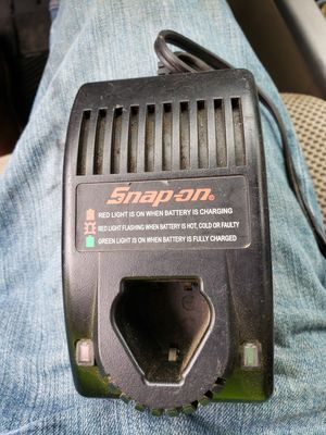 Snap-on battery charger for Sale in Macon, GA