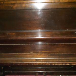 Piano . for Sale in Dallas, TX