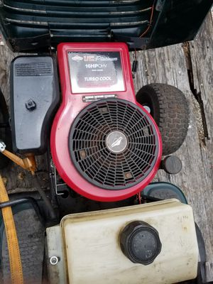 ((ENGINE ONLY))Riding lawn mower for Sale in Lakeland, FL
