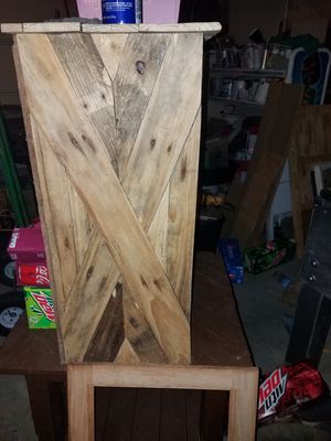 Pallet shelf for Sale in Laddonia, MO