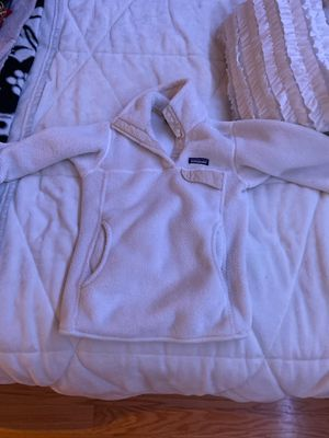 white Patagonia pullover for Sale in Canton, MA