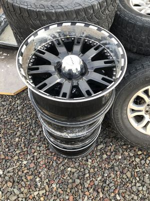 20 inch rims 5 Bolt pattern for Sale in Pasco, WA