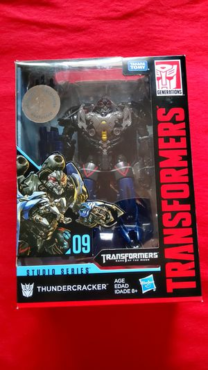 THUNDERCRACKER TRU Exclusive Studio Series Transformers 09 for Sale in Cypress, CA