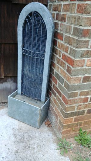 Fountain needs new pump for Sale in Madison Heights, VA