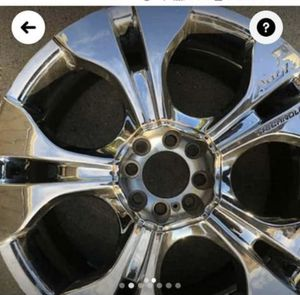 Universal Alloy Chrome rims 18 inches for Sale in Staten Island, NY