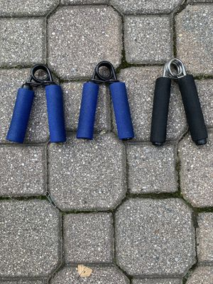 3 Hand Grip Strengtheners for Sale in Barrington, IL