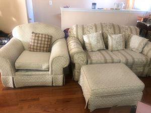 3 piece Sofa Set w/Ottaman for Sale in Silver Spring, MD
