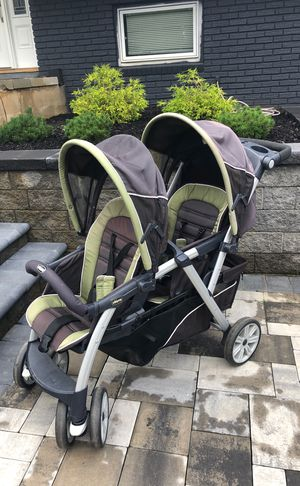 Chicco Double Stroller for Sale in Englishtown, NJ