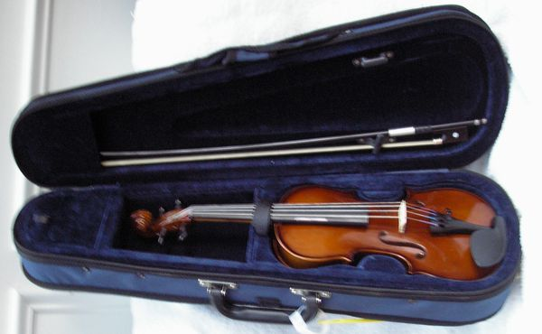 1/4 Carlo Robelli Violin for Children