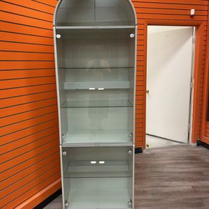 showcase Floor Disply In 2 Pc for Sale in Kissimmee, FL