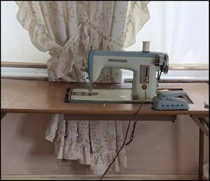 Antique Sewing Machine for Sale in Rustburg, VA