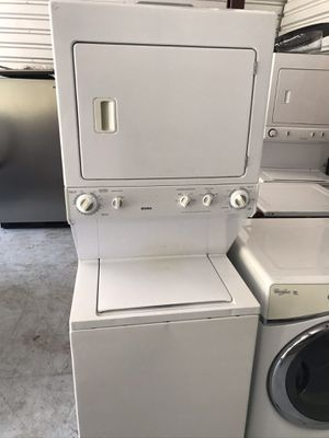 Kenmore washer and dryer combo for Sale in Kissimmee, FL