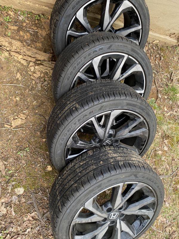 2019 Honda Civic 18inch OEM Smoked factory wheels