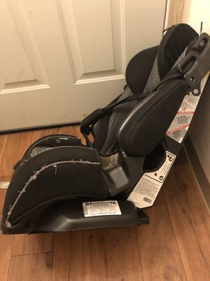 Omega car seat for Sale in Portland, OR