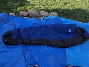 North Face Aleutian 20degree sleeping bag for Sale in Modesto, CA