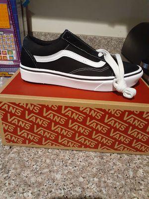 Van's custom cush new 5.5 boys 6girls for Sale in Los Angeles, CA