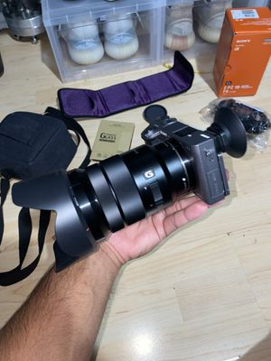 Sony A6000 w/ 18-105 F4 G OSS for Sale in Zephyrhills, FL