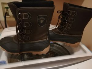 Men's winter hiking rubber boots size 9 never worn for Sale in Bolingbrook, IL