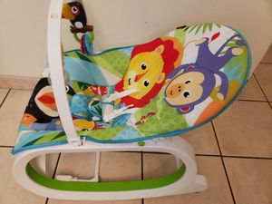 Fisher Price baby rocker with rattle and teether toy for Sale in Aloma, FL